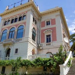 Самые дорогие и самые дешевые дома столицы